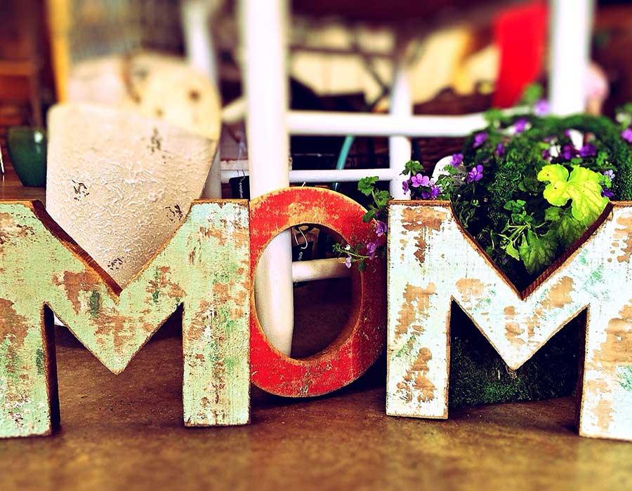 أفكار هدايا عيد الأم لاحتفال مميز بست الحبايب