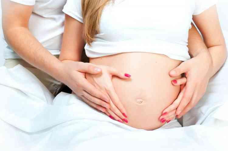أوضاع حميمة لا يجب أن تحدث خلال الحمل