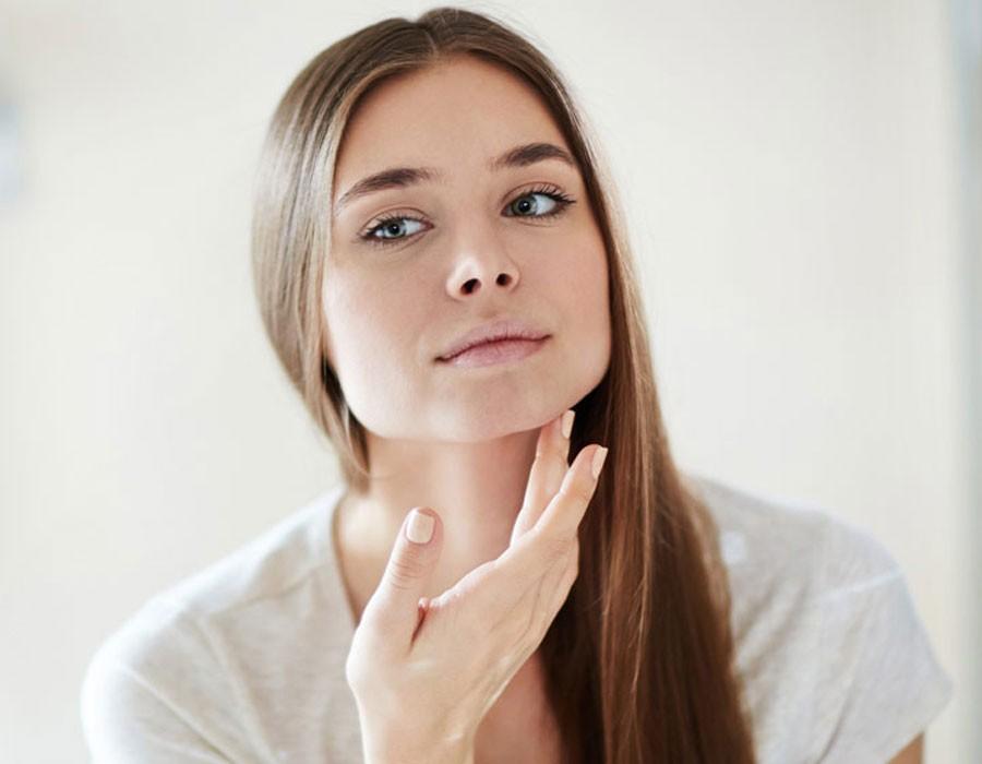 ازالة الرؤوس السوداء من الوجه بـ 3 وصفات طبيعية
