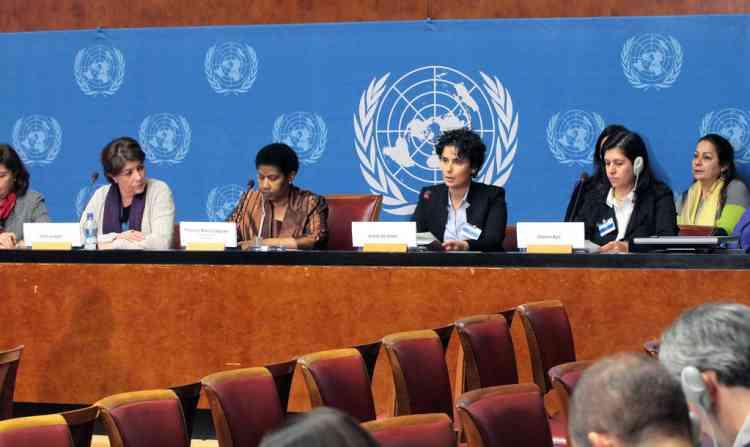 الأمم المتحدة للمرأة: جهود لمواجهة تأثير كوفيد-19