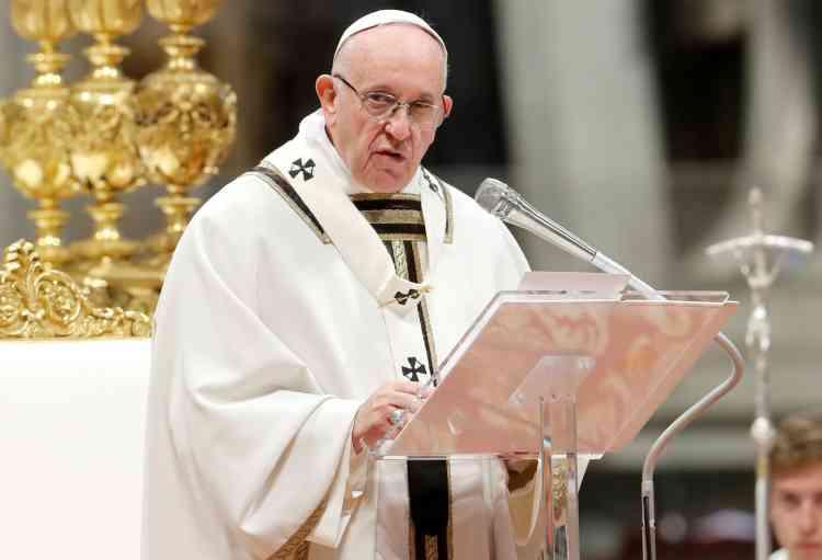 البابا فرانسيس يندد بالعنف ضد المرأة والإباحية