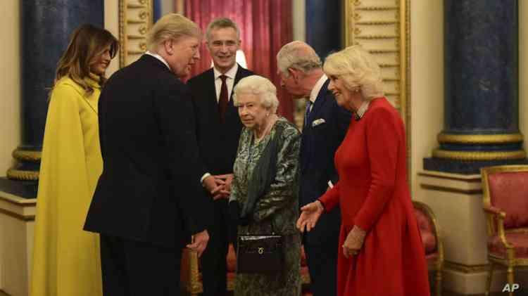 الملكة إليزابيث تستقبل ترامب في حفل قادة الناتو