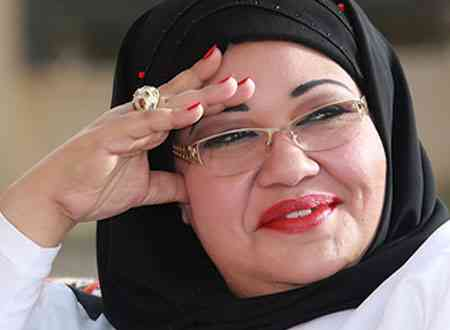 انتصار الشراح.. سيدة الكوميديا الخليجية الأولى