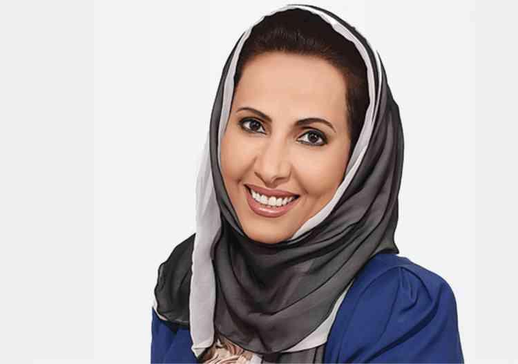 بدرية البشر كاتبة سعودية سماتها الجرأة والشجاعة