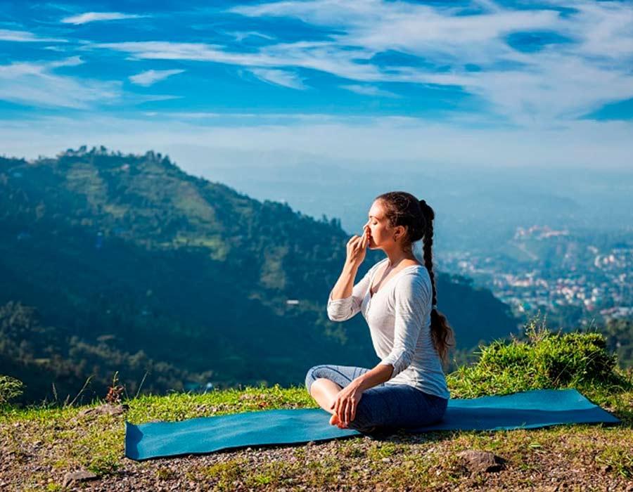 تمارين التنفس وفوائدها في الحد من التوتر والأرق