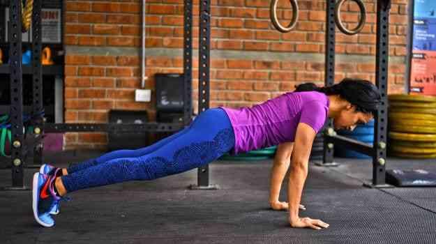 تمارين الضغط لتقوية العضلات ومرونة الجسم