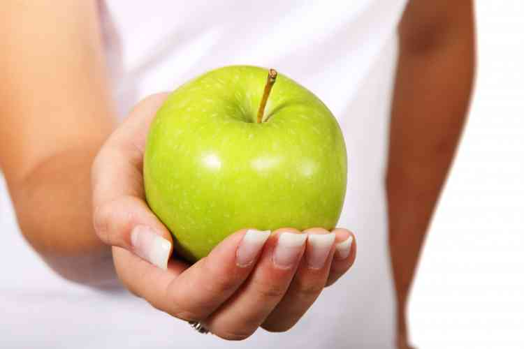 رجيم التفاح بطرق مختلفة اختاري ما يناسب لفقدان الوزن