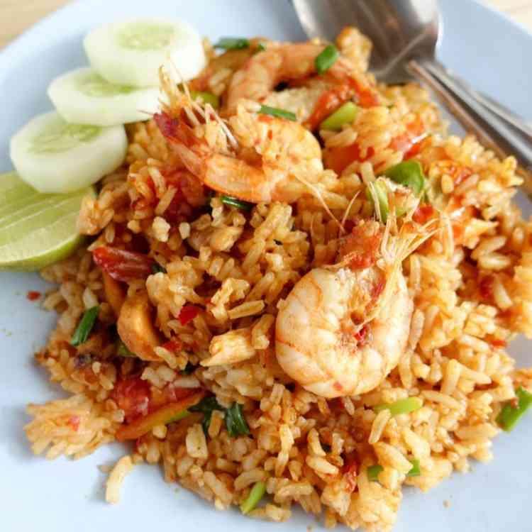 طريقة عمل أرز السمك لوجبة شهية ومتعة