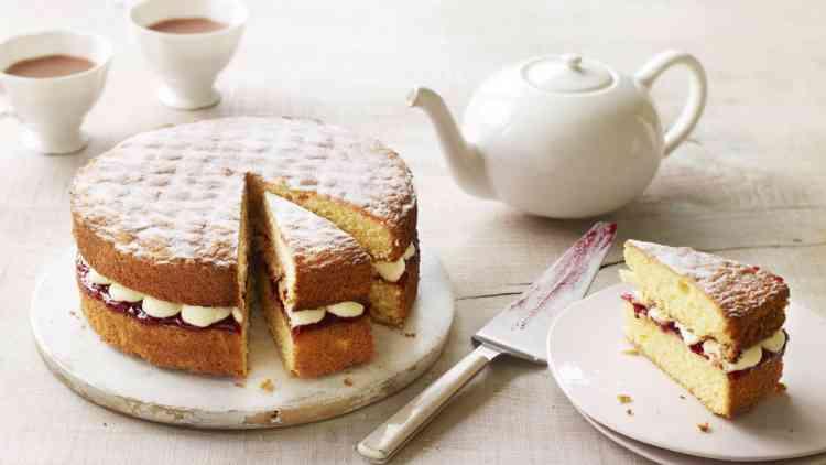 طريقة عمل الإنجلش كيك للاستمتاع برقي حفلات الشاي