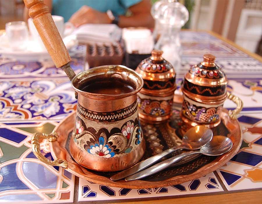 طريقة عمل القهوة العربية بخلطات مختلفة ونكهة أصلية