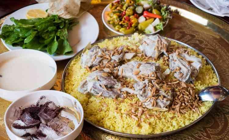 طريقة عمل المنسف بأكثر من وصفة عربية