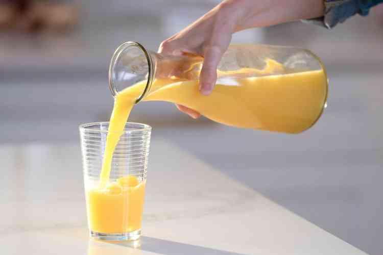 طريقة عمل عصير البرتقال الصحي في البيت بسهولة