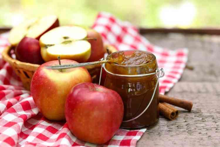 طريقة عمل مربى التفاح لفطور شهي وصحي