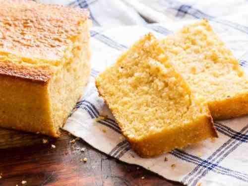 طريقة عمل هريسة الذرة لكيكة لذيذة وخفيفة