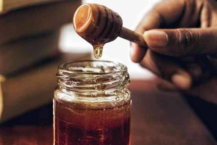 فوائد العسل الأبيض.. مميزات صحية عديدة ستفاجئك