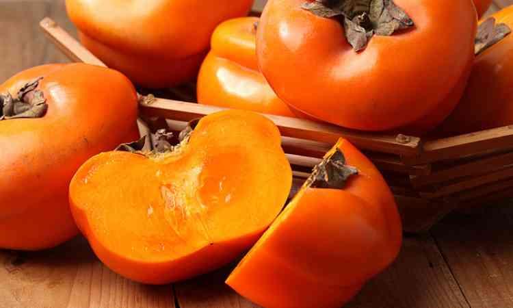 فوائد الكاكا فاكهة اليابان المثالية لصحة الجسم