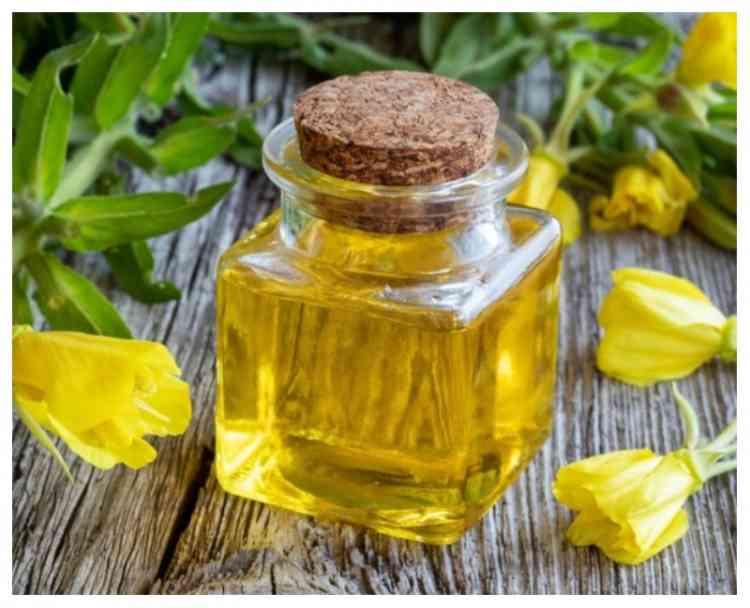 فوائد زيت زهرة الربيع المسائية  لبشرة نضرة دون عيوب