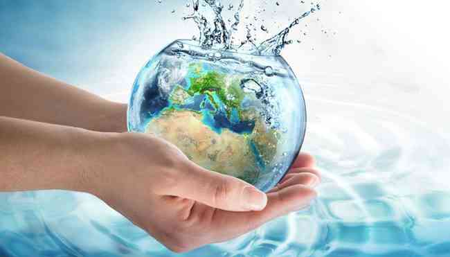 فوائد شرب الماء للجسم ونضارة بشرتك