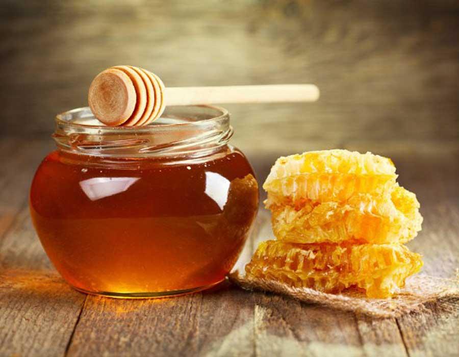 فوائد شمع العسل التي ستجعلك لا تستغني عنه
