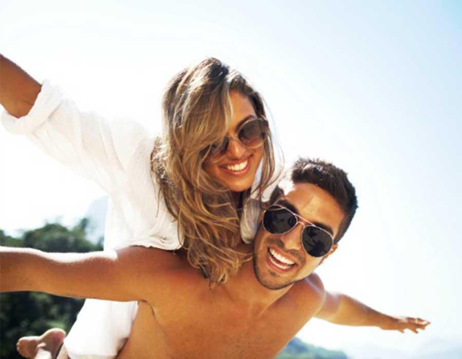 كيف تتأثر العلاقة الحميمة بفصل الصيف