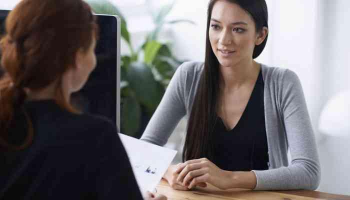 كيف تتفاوضين على الراتب في مقابلة العمل