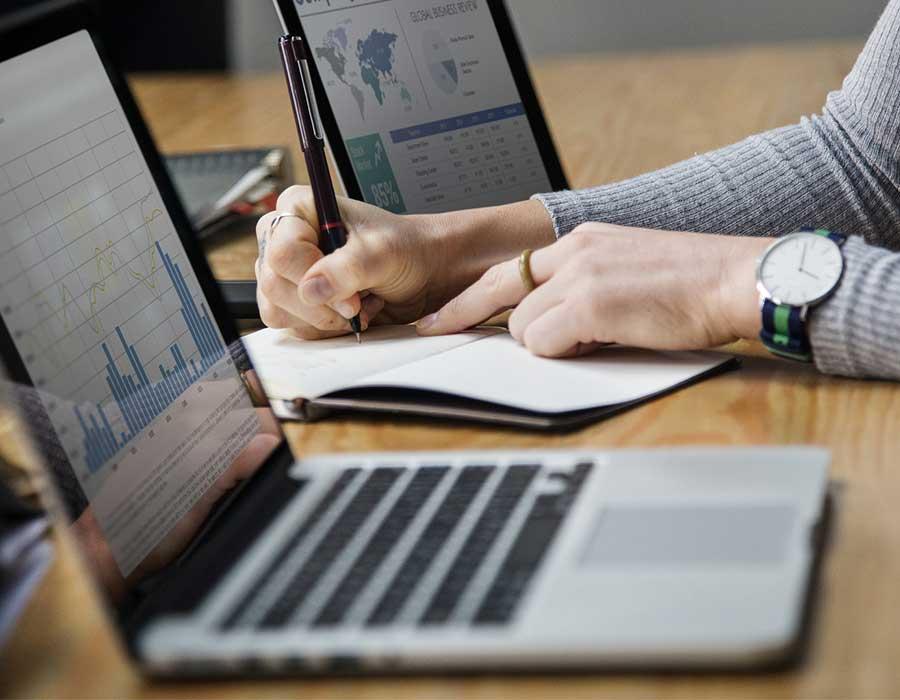 مؤشرات الأداء وقياسها وأهم فوائدها للمشروعات التجارية