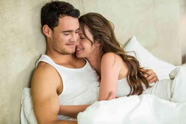 نصائح للأزواج لعلاقة حميمة أفضل في شهر العسل