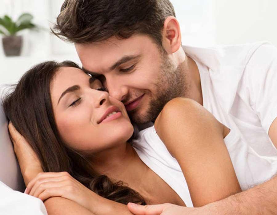 نصائح للمداعبة لعلاقة حميمة أفضل