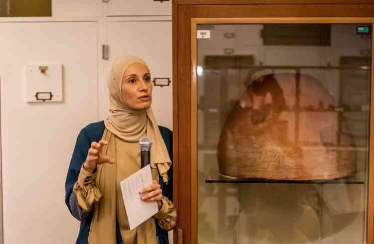 """هبة عبد الجواد باحثة تعشق مصر وتتبع """"آثارنا المتغربة"""""""