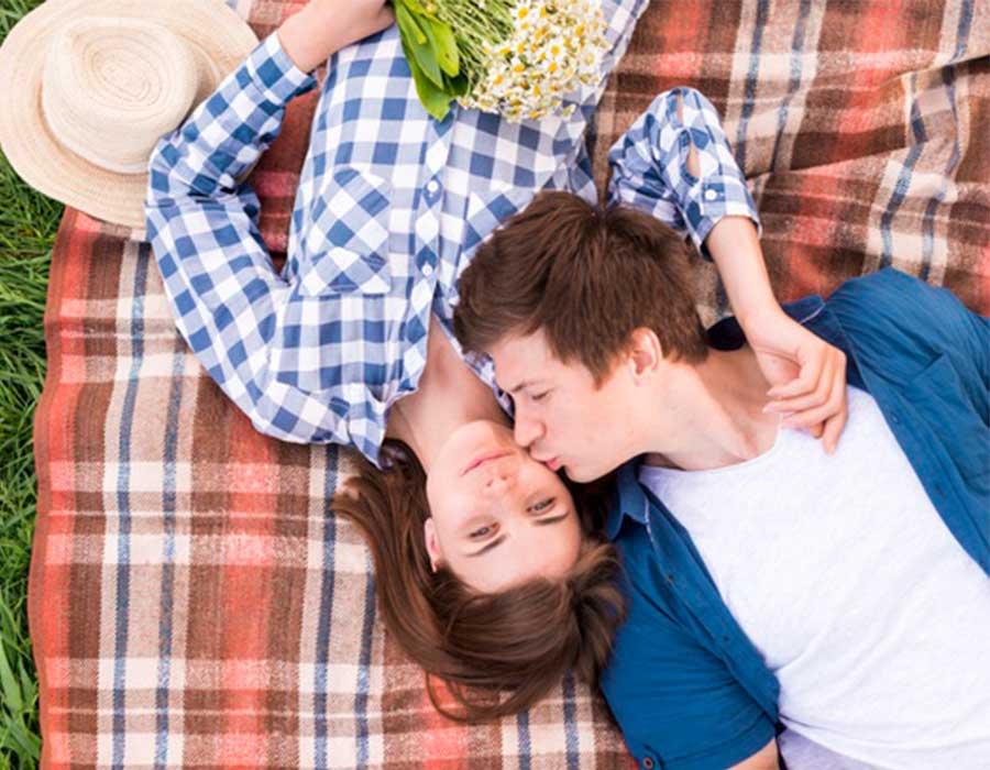10 علامات تدل على وقوع رجل برج الجدي في الحب