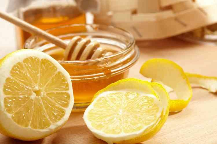 10 فوائد مذهلة لقشر الليمون للعناية بالبشرة