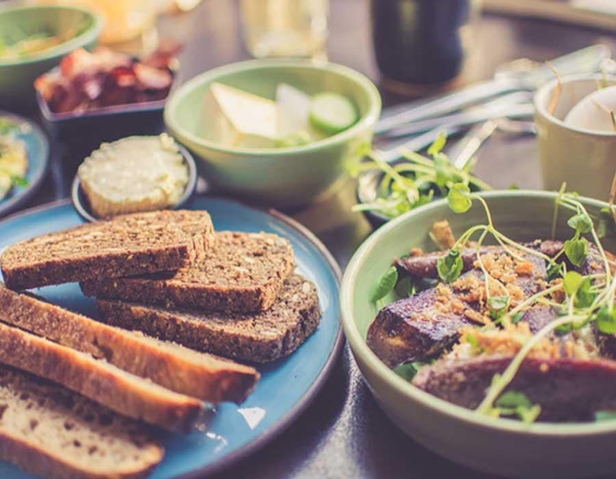 5 أكلات مختلفة لسحور رمضان غير الفول والبيض
