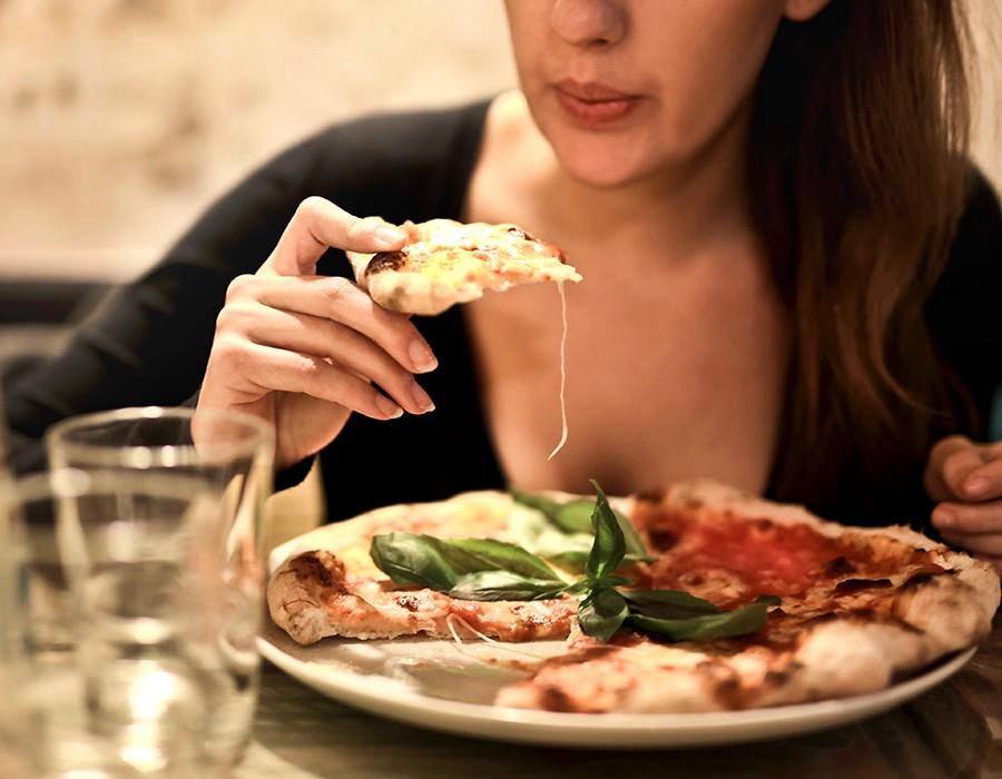 وصفة لإعداد البيتزا الصيامي بالمنزل