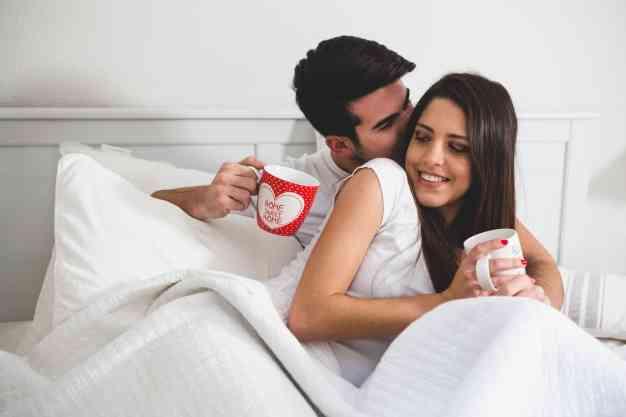 أفعال تسعد المرأة في العلاقة الحميمة