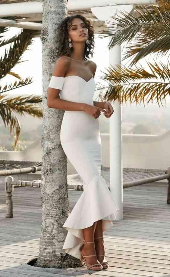 أنواع الفساتين فستان ميرميد أبيض