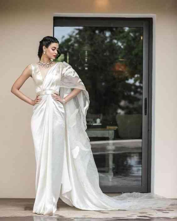 فساتين هندية للأعراس بسيطة