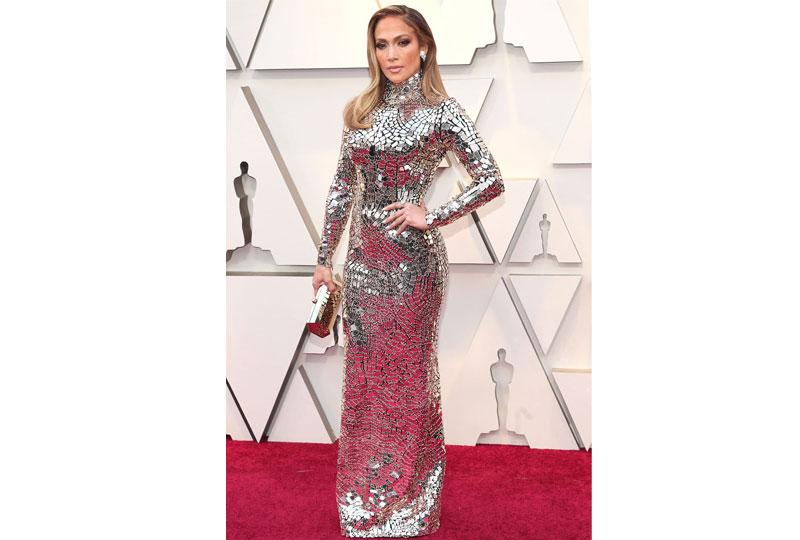 فساتين الأوسكار 2019 فستان جينيفر لوبيز