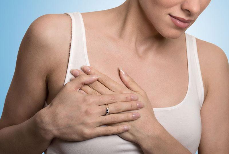 زيادة حجم الثدي من أعراض الدورة الشهرية