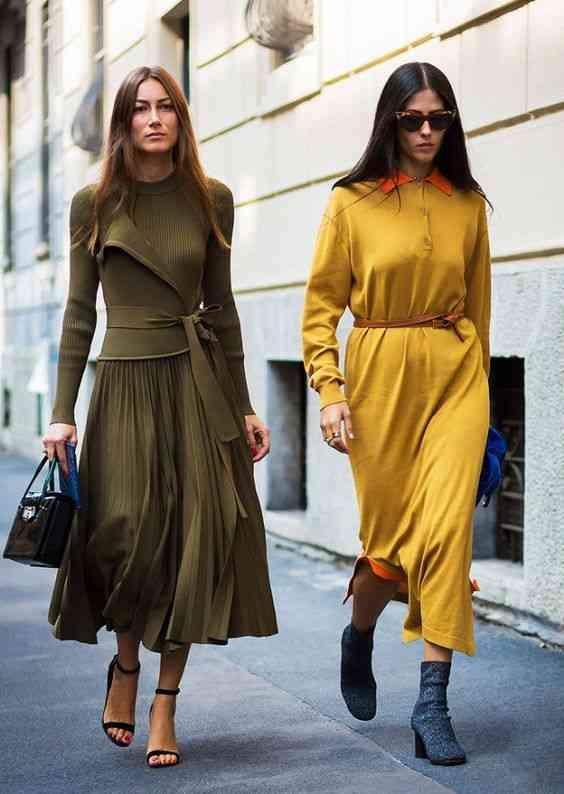 أنواع الفساتين فستان بأكمام طويلة