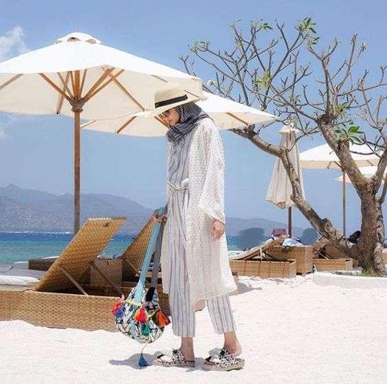 ملابس البحر حمبسوت مع كيمونو للمحجبات