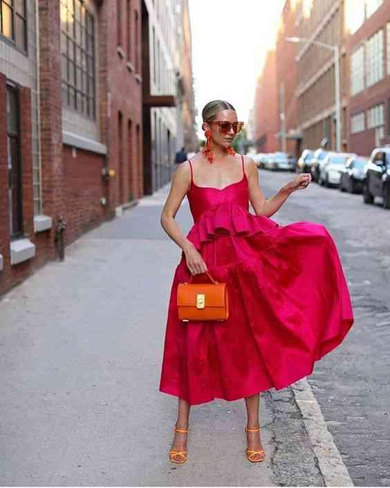 أنواع الفساتين فستان ماكسي فوشيا