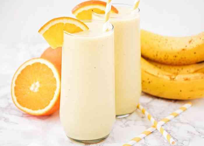 مشروبات صحية عصير البرتقال والموز