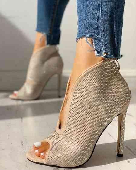 أحذية كعب عالي مفتوحة