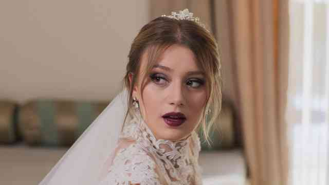 أفلام تركية - فيلم العروس المخملية