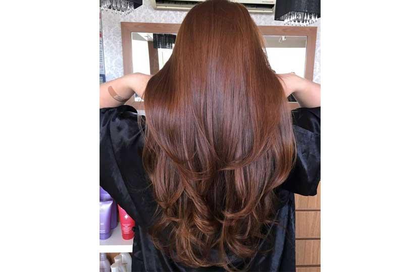 ألوان صبغات الشعر اللون الأحمر المائل للنحاسي للشعر الطويل