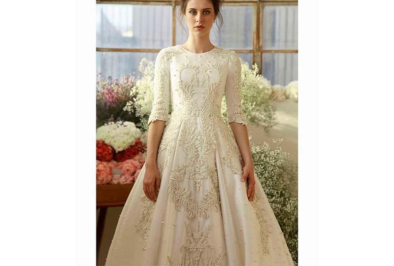 فستان زفاف مطرز لولي