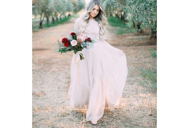 فستان زفاف قطعتين