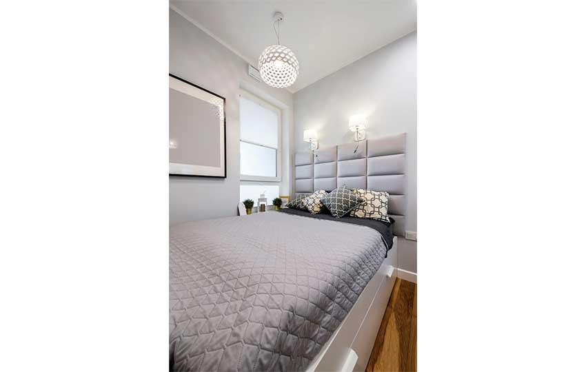 ترتيب غرفة النوم صغيرة ذات المساحة الصغيرة