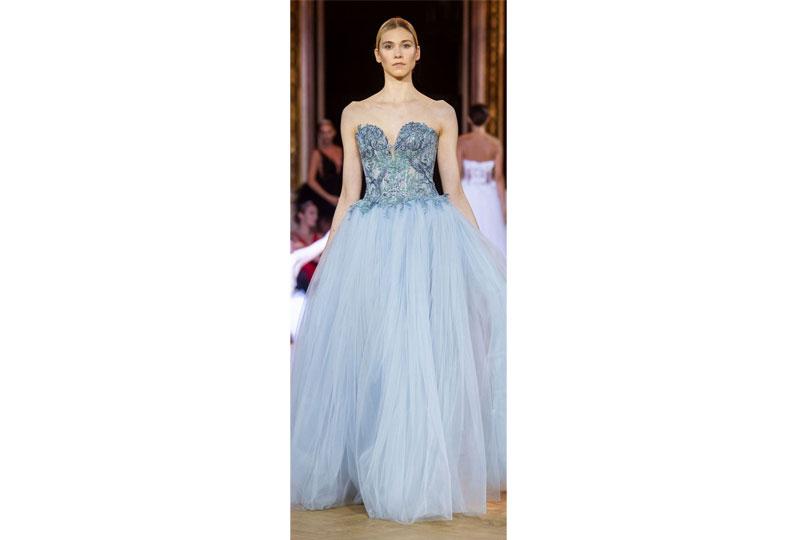 فساتين خطوبة منفوشة من عرض أزياء إيفا مينجي هوت كوتور 2019
