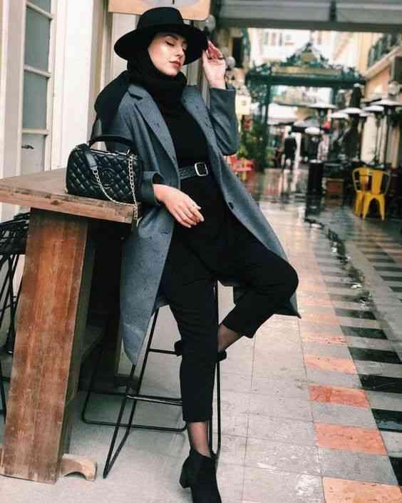 لوك بالأسود والرمادي للحجاب